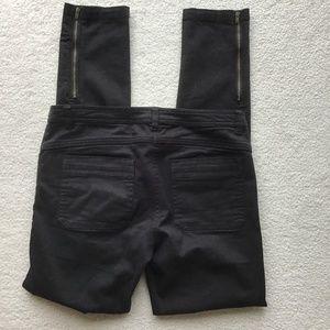 H&M BLACK JEGGINGS SIZE 6  EUC